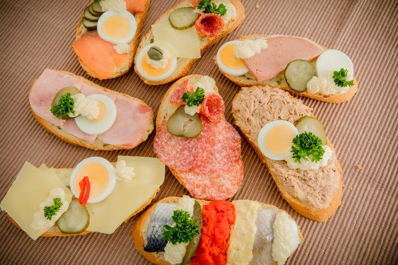 Abbildung von Sandwiches gemischte Sorten mit Fisch