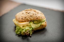 Abbildung von Gefüllte Jour Gebäck mit Käse