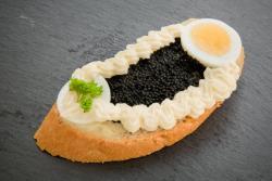 Abbildung von Kaviar Sandwich