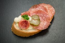 Abbildung von Salami Sandwich